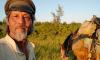 Китаец путешествует по городам-участникам ЧМ-2018 на коне