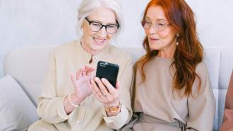 Российский мобильный оператор объявил о скидке на связь для пенсионеров