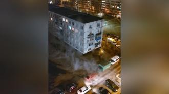 На Пражской улице прорвало трубу с кипятком