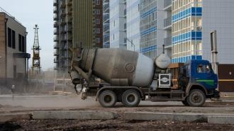 Рабочий сорвался с 10-метровой высоты при строительстве школы на Крестовском проспекте