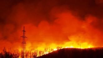 В Красноярском крае лесные пожары оставили без света десятки тысяч человек