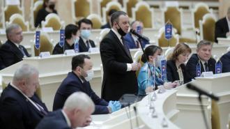 ЗакС принял в первом чтении законопроект о наказах избирателей