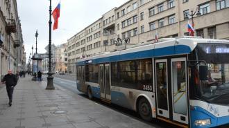 В центре города временно приостановили движение троллейбусов