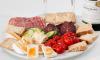 1,5 тонны санкционных деликатесов не пустили в Ленобласть