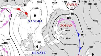 "Циклон ""Зохан"" принес в Петербург дожди и снежную крупу 23 апреля"