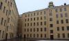 Шесть молодых семей в Петербурге получили ключи от квартир