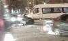 На Ленинском столкнулись легковушка и маршрутка