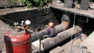 В пяти районах Петербурга проверят теплосети