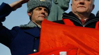 Депутат Улас написал генпрокурору Чайке кляузу на Владислава Суркова