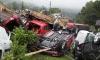 В Бельгии три вагона с новыми автомобилями рухнули с высоты