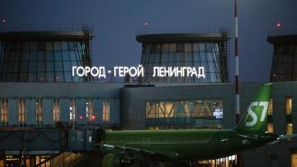 Из-за резинового шнура самолёт из Москвы не смог приземлиться в Пулково с первого раза