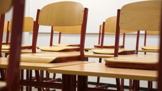 Беглов поручил усилить меры безопасности в школах Петербурга