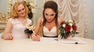 Виталий Милонов назвал зарегистрированный в Петербурге ЛГБТ-брак «изменой родине»