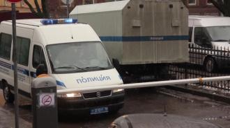 Полицейский Московского района до полусмерти избил своего знакомого в участке