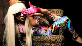 Леди Гага показала свои ягодицы на фотографиях
