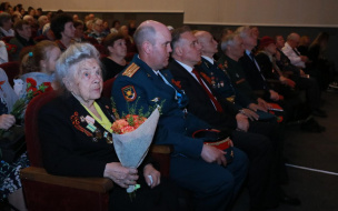 Праздничный концерт в Выборге объединил ветеранов, военных и школьников