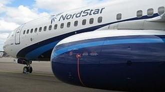 """В аэропорту """"Домодедово"""" самолет Boeing-737 выкатился на грунт"""