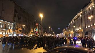 Суды Петербурга начали штрафовать за участие в протестной акции 21 апреля