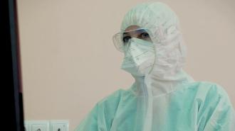 За неделю в Петербурге почти на 18% увеличилось число заболевших COVID-19