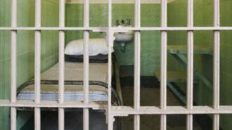 Петербургский пенсионер, обвиняемый в педофилии, умер до суда