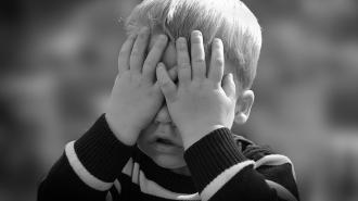 В Сестрорецке пьяная мать до смерти избила своего 2-летнего сына