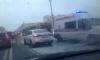 Маршрутка и две легковушки столкнулись на Яхтенной в Петербурге