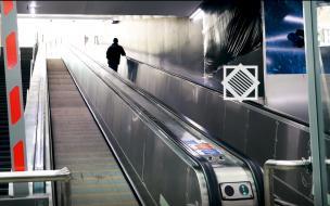 Стало известно, когда отремонтируют траволаторы на самых новых станциях метрополитена Петербурга