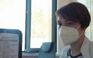 Роспотребнадзор оценил ковидную эпидситуацию в Петербурге как стабильную
