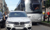 """Женщина припарковала """"BMW"""" посреди Большой Конюшенной улицы и ушла по магазинам"""