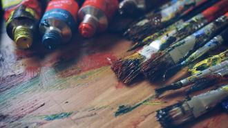 Из СНТ во Всеволожском районе похитили несколько сотен картин