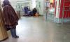 """На станции """"Площадь Александра Невского"""" пассажиру делали массаж сердца"""