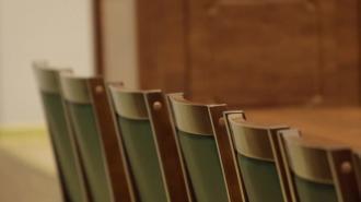В Петербурге двум сотрудникам УФСИН предъявили обвинение в получении взятки и посредничестве