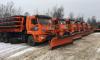 На дорогах Ленобласти круглосуточно убирают снег 236 единиц спецтехники
