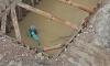 В Невском районе Петербурга на стройке утонул трактор