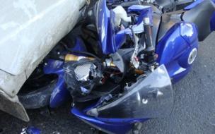 С байка прямиком в реанимацию попал мотоциклист в Купчино