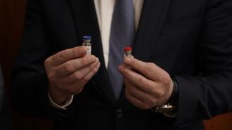 Минск с октября запустит производство российской вакцины от COVID-19