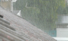 Из-за петербургского ливня в жилом доме появились душ, фонтан и водопад