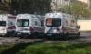 На улице Маршала Казакова мужчина выпал из окна шестого этажа и остался в живых