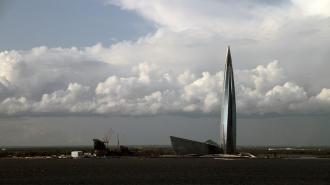 """Колокольню фонда """"Газпрома"""" предложили построить у """"Лахта Центра"""""""