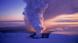 Новый  Эйяфьятлайокудль! В Исландии извержение вулкана Гримсвотн