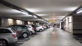 В Петербурге возобновили работу сервисы дистанционной оплаты парковки