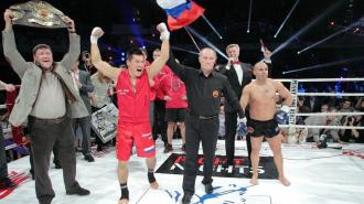 В бое-реванше Бату Хасиков победил Майка Замбидиса