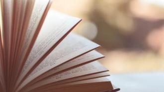 Книжный на Литейном устроил распродажу из-за закрытия магазина