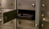 Девушка-кассир украла из хранилища банка более 20 млн рублей