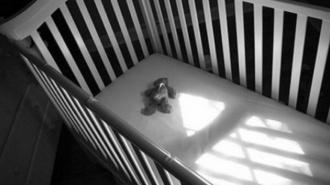 В Усть-Куте мать избила до полусмерти 4-месячного младенца