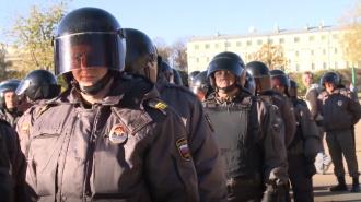 Роман Плугин представил полицейским Петербурга новое руководство