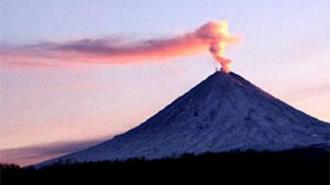 Извержение камчатского вулкана Шивелуч угрожает авиации и туристам