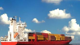 Петербург стал одним излидеровпо контейнерным перевозкам