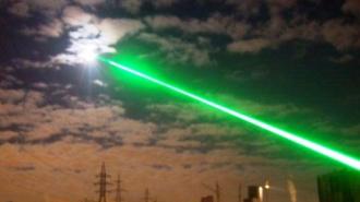 Лазерные хулиганы атакуют аэропорты Пулково и Шереметьево