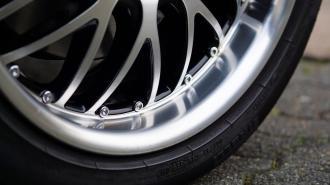 В Шушарах у врача-уролога угнали Lexus за 2,8 млн рублей